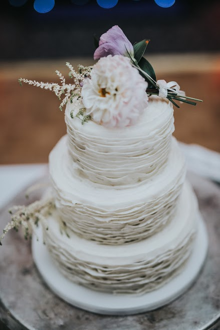 Floral Arrangement Wedding Cake