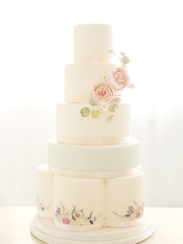 unusual wedding cakes edinburgh wedding flowers cakes amp favours in edinburgh save the 21488