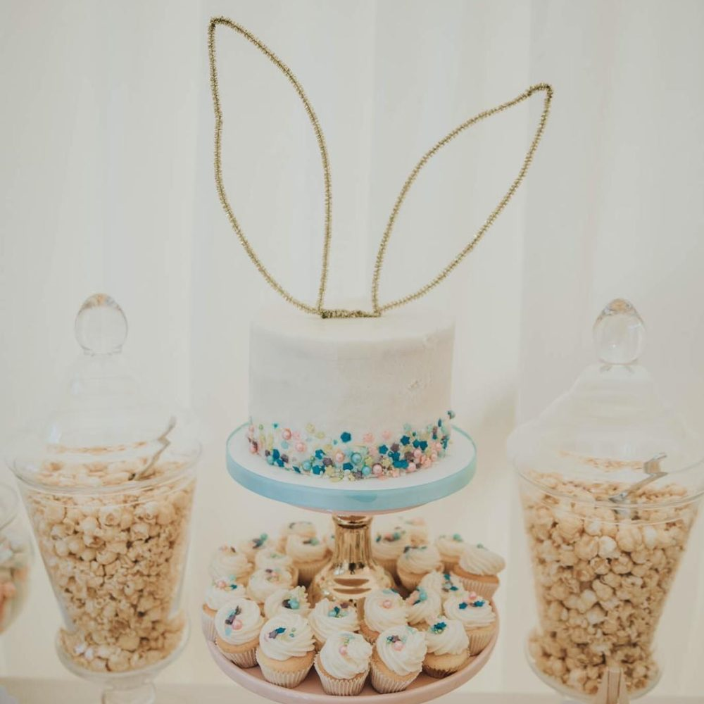wedding sweetie table cupcake display